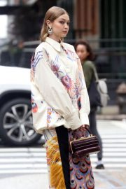 Gigi Hadid on The Set of a Photoshoot in New York 2018/05/31 20