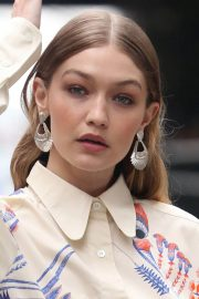 Gigi Hadid on The Set of a Photoshoot in New York 2018/05/31 23