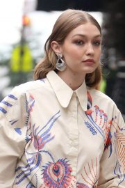 Gigi Hadid on The Set of a Photoshoot in New York 2018/05/31 26