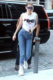 Gigi Hadid Out and About in New York 2018/05/30 12