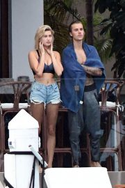 Hailey Baldwin and Justin Bieber on His Mansion Balcony in Miami 2018/06/11 2