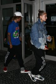 Hailey Baldwin and Justin Bieber Out in Miami 2018/06/11 3