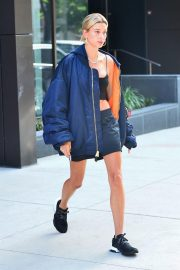 Hailey Baldwin Out in New York 2018/06/22 8