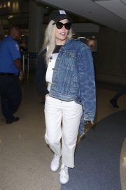 Halsey at LAX Airport in Los Angeles 2018/06/21 10