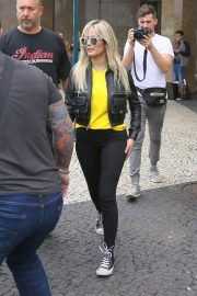 Halsey Out and About in Brazil 2018/06/08 8