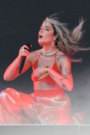 Halsey Performs at 2018 Governors Ball Music Festival in Randall's Island 2018/06/02 6