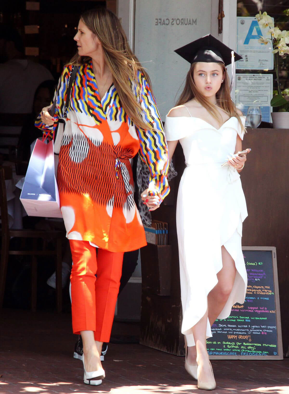 Heidi Klum and Daughter Leni out for Graduation Celebration Lunch in West Hollywood 2018/06/08 1