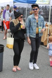 Hilary Duff at Farmers Market in Los Angeles 2018/06/24 5