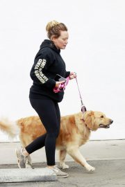 Hilary Duff Out with Her Dog in Studio City 2018/05/31 2