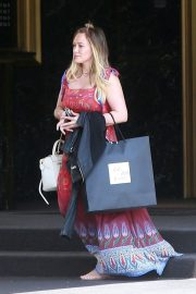 Hilary Duff Stills Out Shopping in Beverly Hills 2018/06/07 8