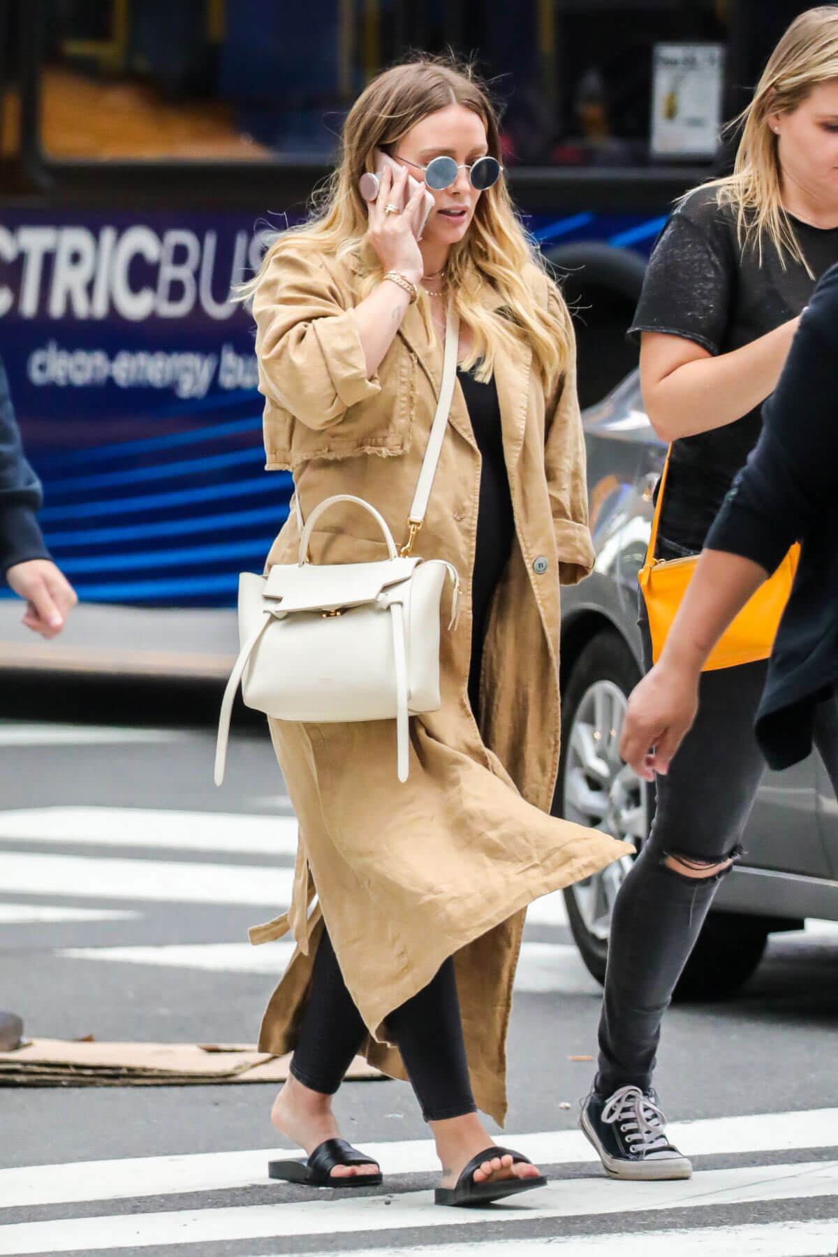 Hilary Duff Stills Times Square in NYC 2018/06/07 1