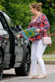 Jacqueline Jossa Out Shopping in Kent 2018/06/04 1