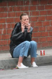 Jaime King Takes a Cigarette Break at a Studio in Los Angeles 2018/05/31 16
