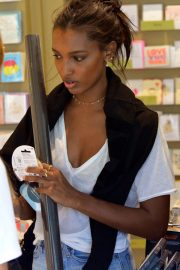 Jasmine Tookes Out in Beverly Hills 2018/06/04 8