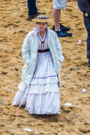 Jenna Dewan on the Set of Victoria in Yorkshire 2018/06/06 1