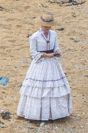 Jenna Dewan on the Set of Victoria in Yorkshire 2018/06/06 7