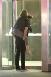 Jennifer Lawrence Carried on the Back of Cooke Maroney in New York 2018/06/13 4