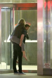 Jennifer Lawrence Carried on the Back of Cooke Maroney in New York 2018/06/13 6