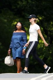 Jennifer Lawrence Out wih Her Dog in Central Park in New York 2018/06/10 2