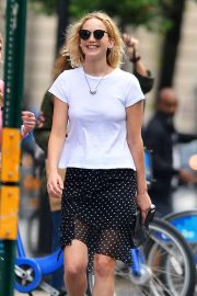 Jennifer Lawrence Stills and Cooke Maroney Out in New York 2018/06/21 5