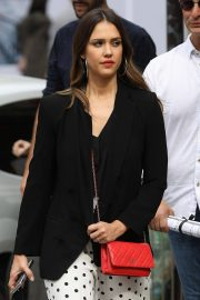Jessica Alba Shopping at Robert Clergerie and Roger Gallet in Paris 2018/06/12 2