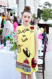Kaitlyn Dever at A Summer Gathering Hosted by True Botanicals in Los Angeles 2018/06/12 3