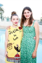 Kaitlyn Dever at A Summer Gathering Hosted by True Botanicals in Los Angeles 2018/06/12 4