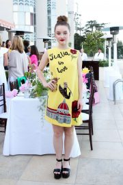 Kaitlyn Dever at A Summer Gathering Hosted by True Botanicals in Los Angeles 2018/06/12 6