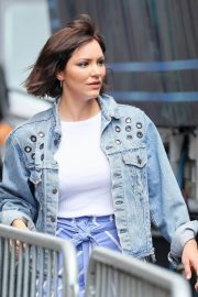Katharine McPhee Stills Out and About in New York 2018/06/07 11