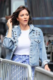 Katharine McPhee Stills Out and About in New York 2018/06/07 12