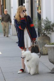 Kathryn Newton Out with Her Dog on Rodeo Drive in Beverly Hills 2018/06/20 5