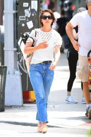 Katie Holmes in Jeans Out in New York 2018/06/08 2