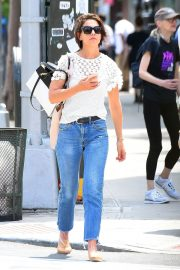 Katie Holmes in Jeans Out in New York 2018/06/08 3