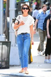 Katie Holmes in Jeans Out in New York 2018/06/08 5