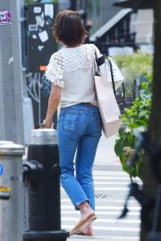 Katie Holmes in Jeans Out in New York 2018/06/08 7