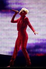 Katy Perry Performs on Witness Tour at Liverpool Echo Arena 2018/06/21 3