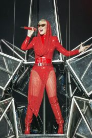 Katy Perry Performs on Witness Tour at Liverpool Echo Arena 2018/06/21 8