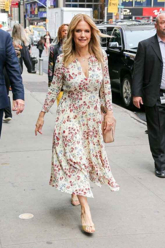 Kelly Preston at Good Morning America in New York 2018/06/11 1