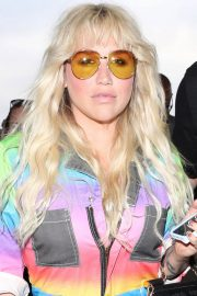 Kesha at LAX Airport in Los Angeles 2018/06/04 11