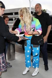 Kesha at LAX Airport in Los Angeles 2018/06/04 15