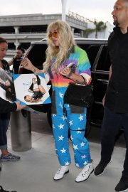 Kesha at LAX Airport in Los Angeles 2018/06/04 16