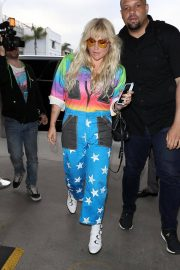 Kesha at LAX Airport in Los Angeles 2018/06/04 17