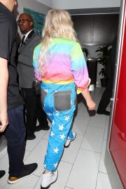 Kesha at LAX Airport in Los Angeles 2018/06/04 18
