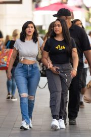 Kylie Jenner and Jordyn Woods Out in Calabasas 2018/06/08 3