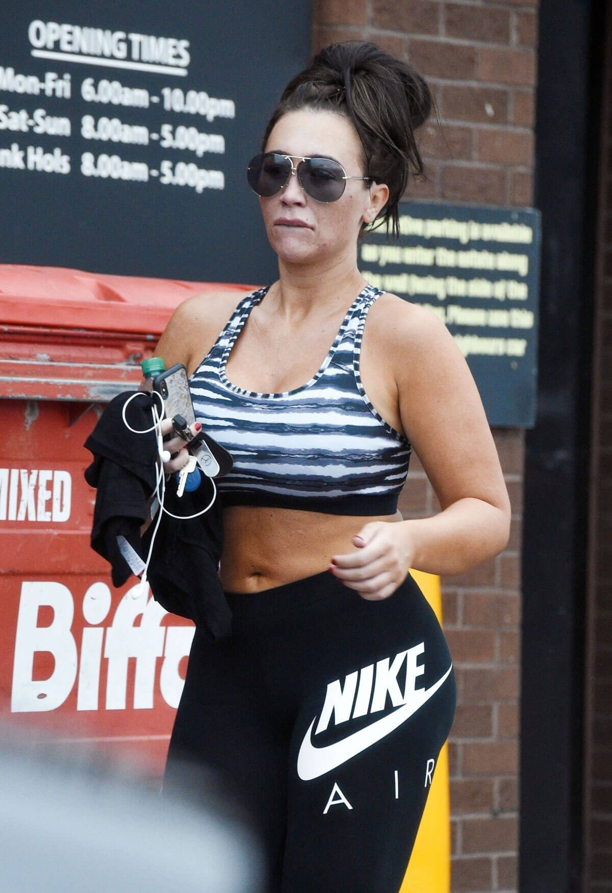 Lauren Goodger Leaves a Gym in Essex 2018/06/14 1