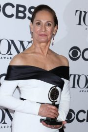 Laurie Metcalf at 2018 Tony Awards in New York 2018/06/10 3