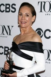 Laurie Metcalf at 2018 Tony Awards in New York 2018/06/10 10