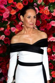 Laurie Metcalf at 2018 Tony Awards in New York 2018/06/10 15