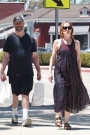 Leslie Mann and Judd Apatow Shopping at Brentwood Country Mart 2018/06/03 2