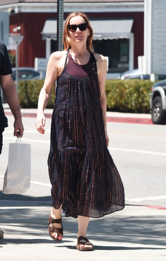 Leslie Mann and Judd Apatow Shopping at Brentwood Country Mart 2018/06/03 4